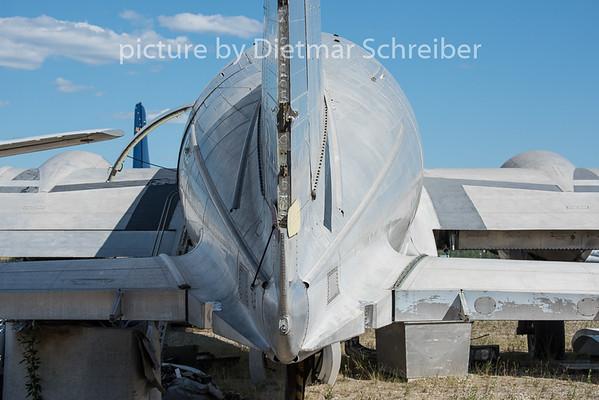 2015-06-18 N1651M C46