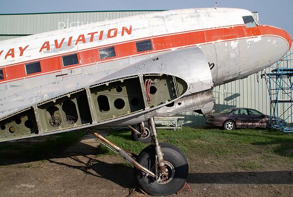 2009-05-26 CF-JWP Douglas DC3 Gateway Aviation