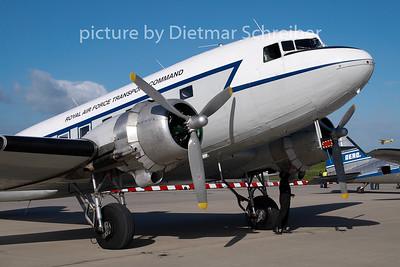 2007-09-15 G-AMPY Douglas DC3