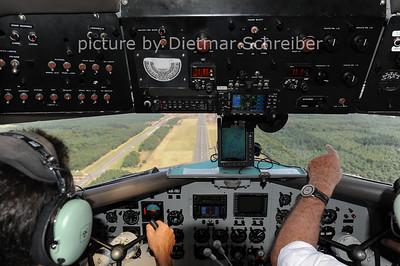 2012-08-19 HB-IRJ Douglas DC3 Breitling