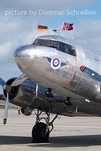 2007-09-15 LN-WND DOuglas DC3