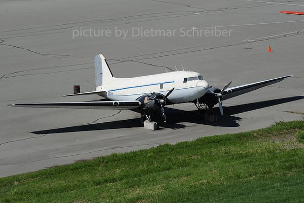 2013-06-08 N305SF Douglas DC3