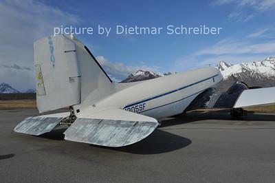 2012-05-13 N305SF Douglas DC3