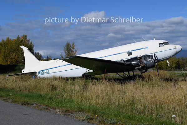 2018-09-23 N305SF DC3