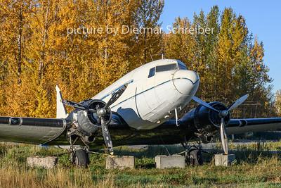 2018-09-30 N305SF Douglas DC3
