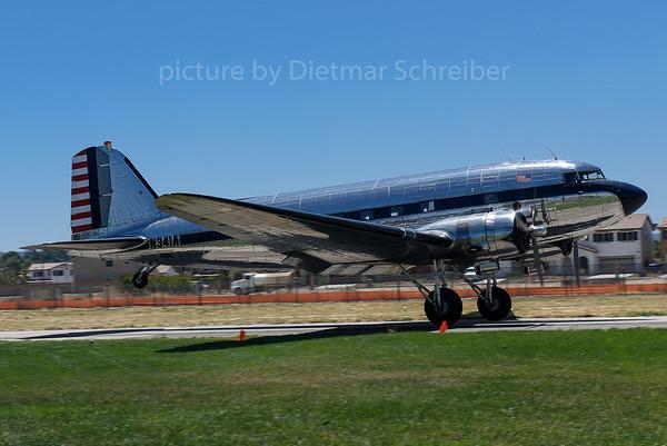 2017-05-21 N341A Douglas DC3 Golden Age Air Tours