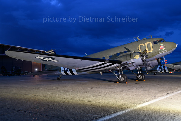 2019-06-03 N47SJ (348608) Douglas DC3 Betsy´s Biscuit Bomber