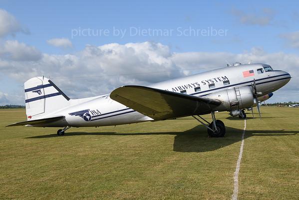 2019-06-05 N877MG Douglas DC3 Pan AMerican