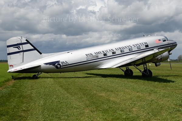 2019-06-08 N877MG Douglas DC3 Pan AMerican