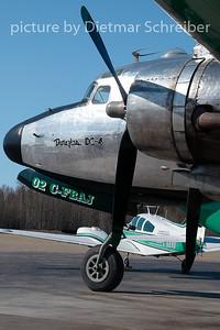 2009-05-28 C-FBAJ Douglas DC4 Buffalo Airways
