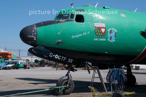 2009-05-29 C-FIQM Douglas DC4 Buffalo Airways