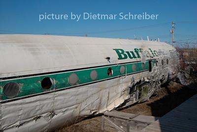 2009-06-01 C-GQIC Douglas DC4 Buffalo Airways