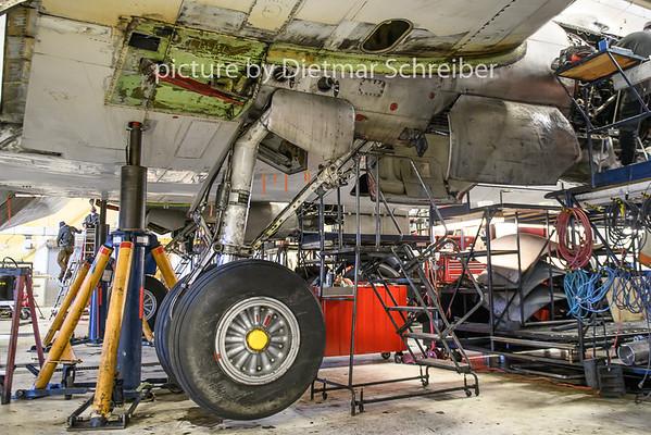 2018-09-27 N100CE DC6 Everts Air