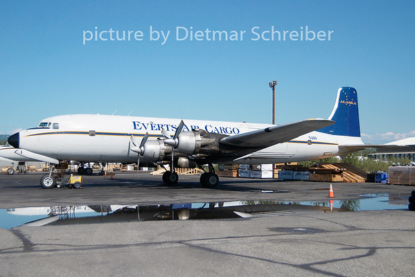 2010-06-14 N151 Douglas DC6 Everts Air