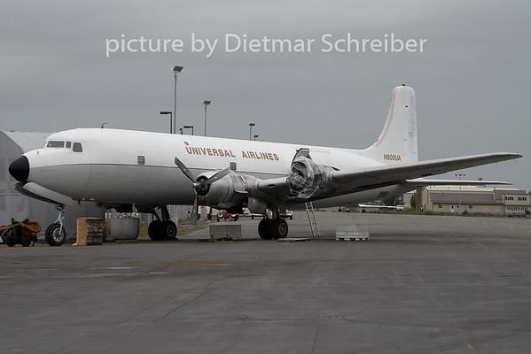 2010-06-16 N600UA Douglas DC6 Universal Airlines