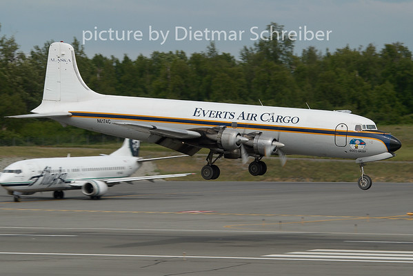 2010-06-17 N6174C Douglas DC6 Everts Air