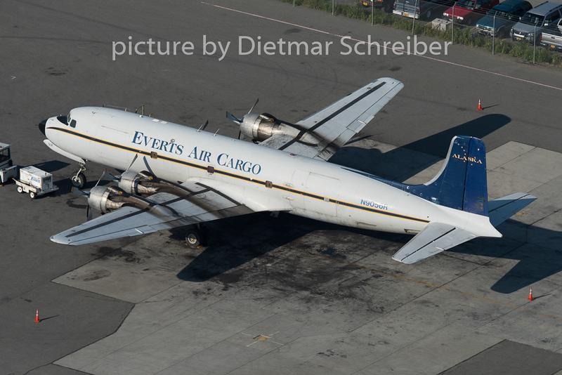 2015-06-15 N9056R DC6 Atlas Air