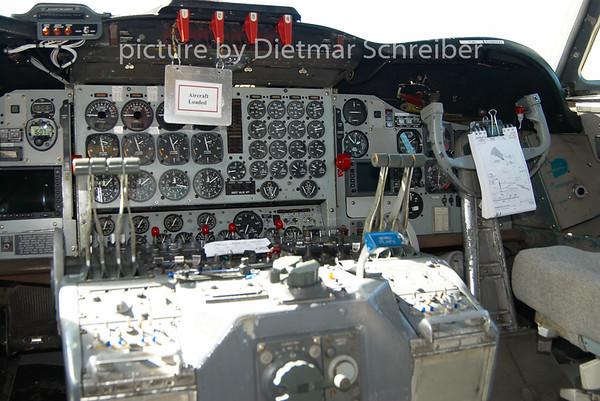 2009-05-27 C-GHZI Lockheed Electra Air Spray