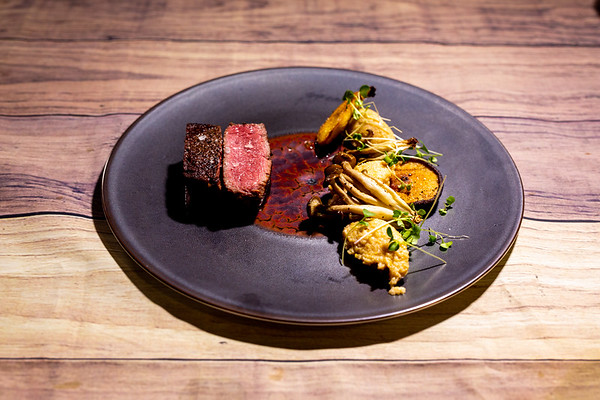 tenderloin steak | soft polenta | mushrooms