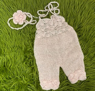 pale pink romper with bow
