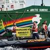 El Arctic Sunrise llega a Canarias en su campaña contra el proyecto de Repsol de perforar en busca de hidrocarburos en las aguas de Lanzarote y Fuerteventura