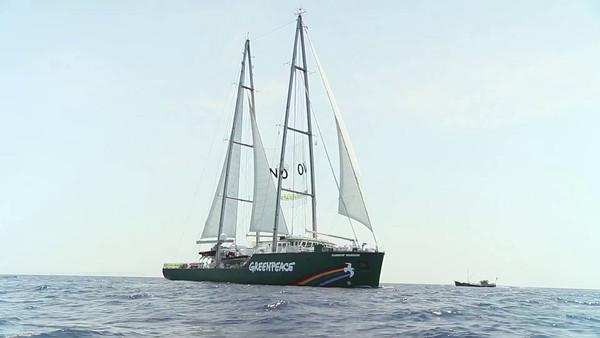 Flotilla de recibimiento del Rainbow Warrior en Ibiza