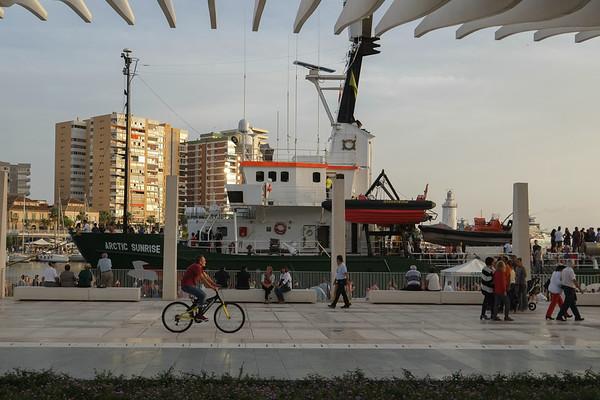 """Comienza en Málaga la campaña """"La solución a las prospecciones"""""""