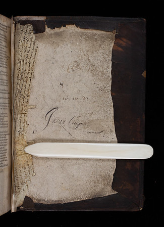 Inscription and manuscript waste, 16th century