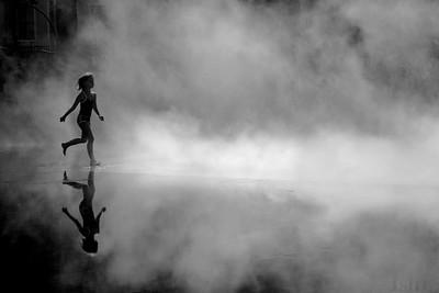 Child in the fountain