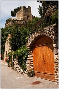 Street scenes in Le Beaucet.