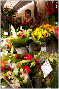 Bouquets, 5 euros a bunch.