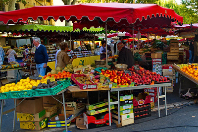 """The colors in a market like this offer a photographer a """"cake with ice cream on top."""""""