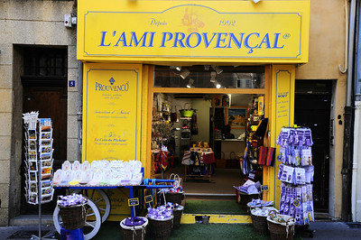 L'Ami Provencial sells lavender related products.