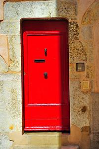 Red_French_door_D3S3730