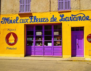 Valensole_Miel-aux-Fleuzs-de-Lavande_LAN2057