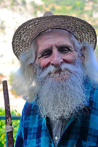 Coaraze_Old_Frenchman__RAW3403