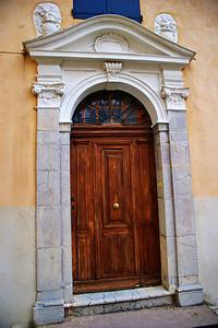 Entrevaux_church_door_LAN3815