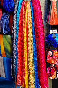 Eze_Colorful_scarves_D3S6920