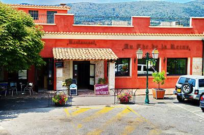 Falicon_Restaurant_Au The de la Reine_LAN3258