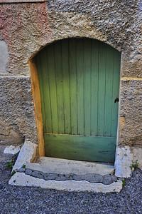 Green_French_door_D3S4166