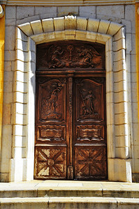 Antibes_French_door_carved_D3S3722