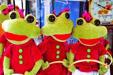 3_Frogs_D3S4059