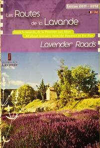 This brochure is available for tourists who are searching for lavender fields in Provence at most tourist offices in the Vauculse and Var.  There is a good map inside the brochure, see the next photo.