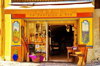 Valensole_La-Fontaine-a-Vin_LAN2058