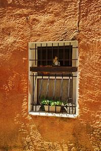 Valensole_Barred_window_LAN2078