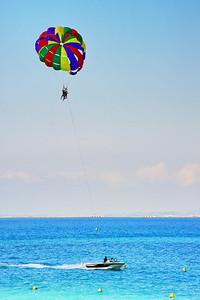 Nice_Ski-Parachute_LAN3177