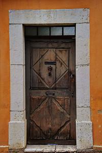 Moustiers Saint Marie old door
