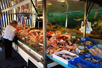 Seafood shop in Forcalquier