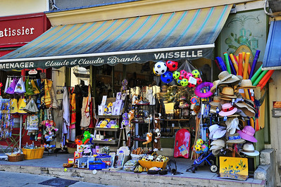 Forcalquier variety store