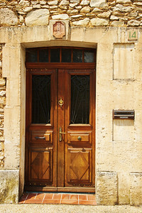 Saint_Saturnin_les_Apt_Door_No-14_LAN1517